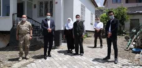 Altınyayla'da Şehit babasına, babalar günü ziyareti