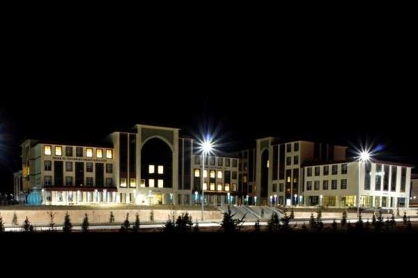 Bayburt Üniversitesi 11 yeni bölüm/program ile büyümeye devam ediyor