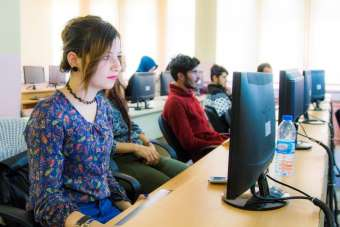 Hakkari Üniversitesindeki laboratuvarlar hizmete açıldı
