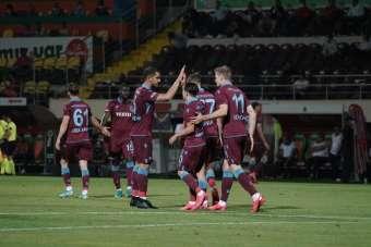 Süper Lig: Aytemiz Alanyaspor: 0 - Trabzonspor: 1 (Maç devam ediyor)