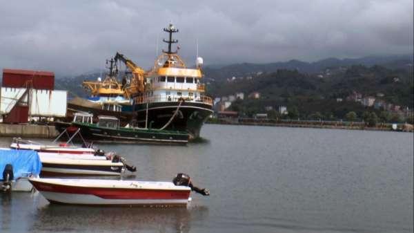Giresunlu balıkçılar yeni sezon hazırlıklarına başladı