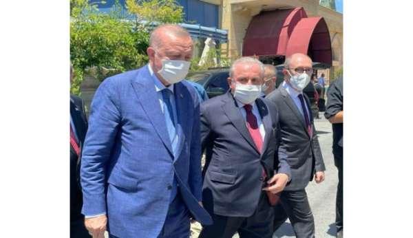Anadolu Üniversitesi Rektörü Erdal: KKTCli kardeşlerimin birliğinin, beraberliğinin daim olmasını diliyorum