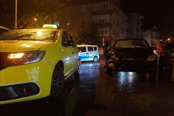Ereğlide 3 aracın karıştığı zincirleme kaza: 2 yaralı