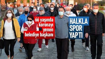Samsun'da koronayı yenen belediye başkanı halkla spor yaptı