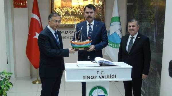 Çevre ve Şehircilik Bakanı Kurum esnaf ziyareti yaptı