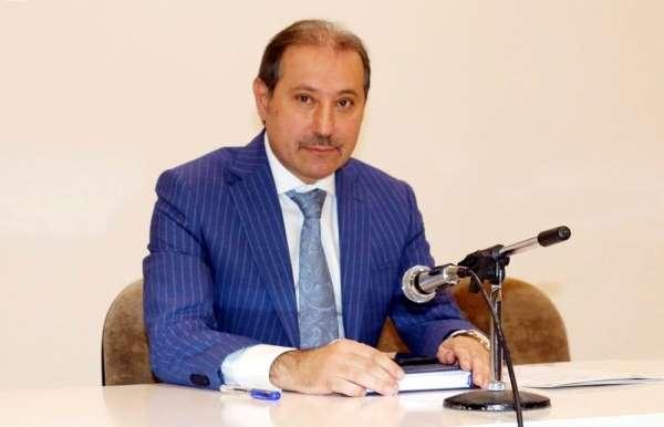 Başkan Karabacak: 'Hükümetten esnaf paketi bekliyoruz'