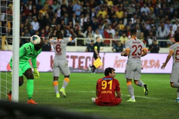 Süper Lig: Yeni Malatyaspor: 0 - Galatasaray: 1 İlk yarı