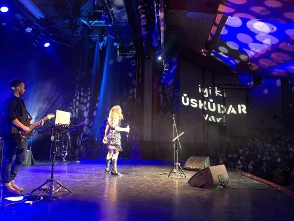 Üsküdarda konser veren Irmak Arıcıdan yeni şarkı mesajı