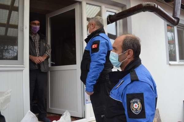 Polis, kapı kapı gezerek misafir kabul etmeyin uyarısı yaptı