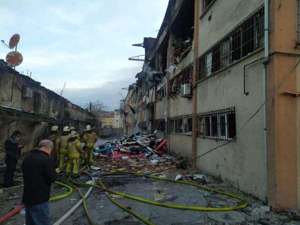 Bağcılarda ambalaj fabrikasında patlama