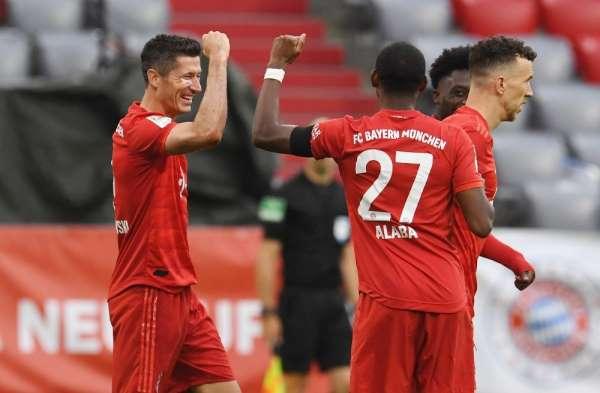 Bundesliga: Bayern Münih: 5 - E.Frankfurt: 2