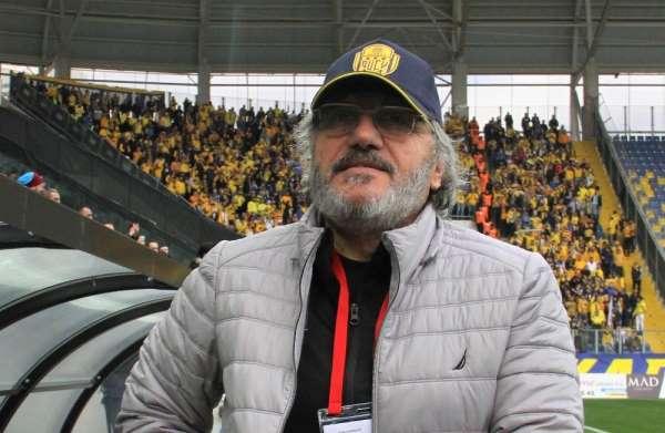Ankaragücü, Mustafa Reşit Akçay ile yolları ayırdı