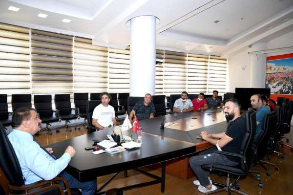 Taraftarlardan Başkan Gürkan'a ziyaret