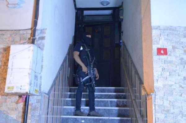 İstanbul merkezli 3 ilde terör örgütü DEAŞa operasyon