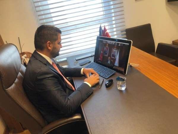 Milletvekili Toprak ve Amatör spor kulüp başkanları Bakan Kasapoğlu ile görüştü