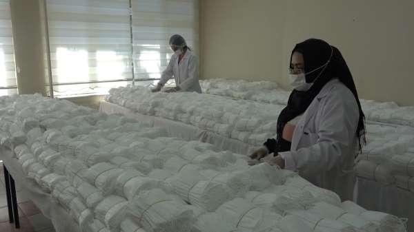 Sağlık çalışanları için 2 ayda 75 milyon cerrahi maske üretildi
