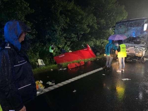 Polonya'da trafik kazası: 9 ölü