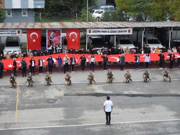 Öğrencilerden 'Barış Pınarı'na destek