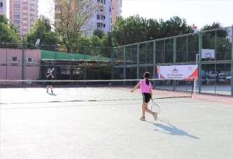 Cumhuriyet Kupası Tenis Turnuvası devam ediyor