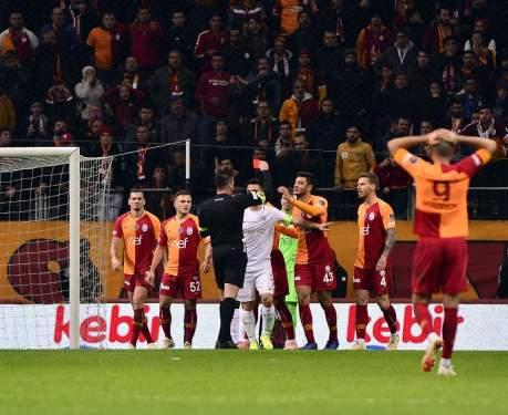 Beşiktaş Derbisinde Yok