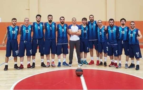 Bayburt Üniversitesi basketbol erkek takımı ikinci oldu