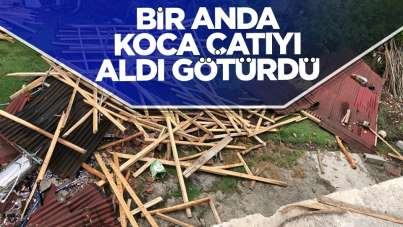 Samsun'da rüzgar çatıyı uçurdu