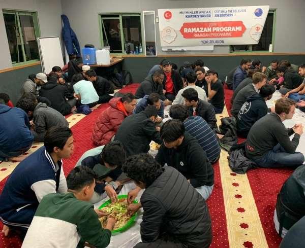 TDV'den Yeni Zelanda'da 51 Müslüman'ın şehit edildiği şehirde iftar