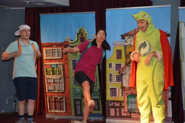 Sökede çocuklara tiyatroyla çevre eğitimi
