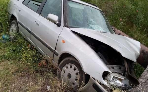 Korkunç kazada bakın araç ne hale geldi?