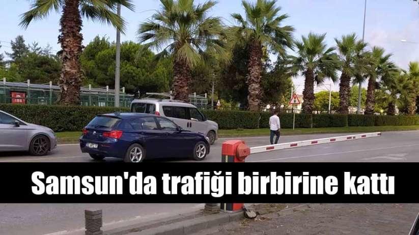 Samsun'da trafiği birbirine kattı