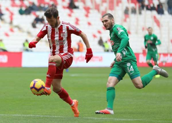 Sivasspor ile Çaykur Rizespor 15 randevuda