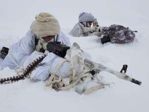 Karlı dağlarda terör operasyonu