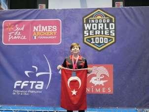 Yusuf Kaya, Salon Okçuluk Turnuvası'nda Dünya ikincisi oldu