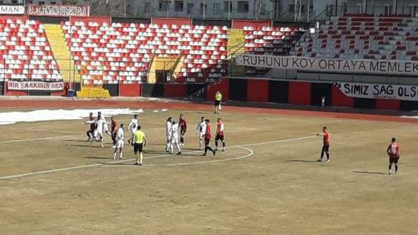 2. Lig: Vanspor FK: 1 - Karacabey Belediye Spor: 2