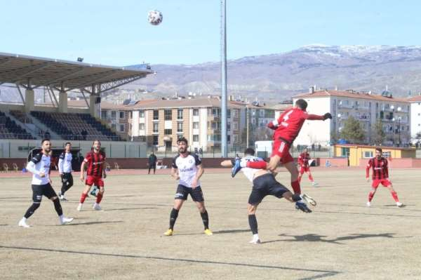 24Erzincanspor Uşak sporu 2-0'la geçti