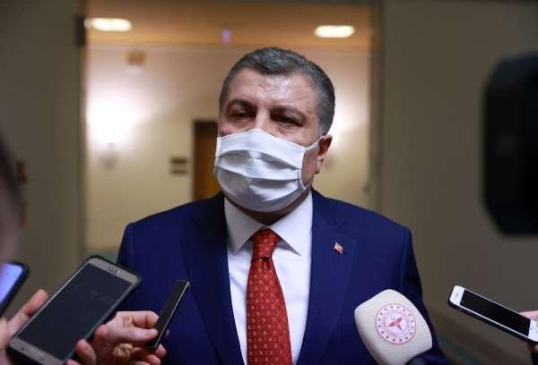 Sağlık Bakanı Koca: 'Cenazede mesafenin ortadan kalkabileceğini öngörmem gerekiyordu'