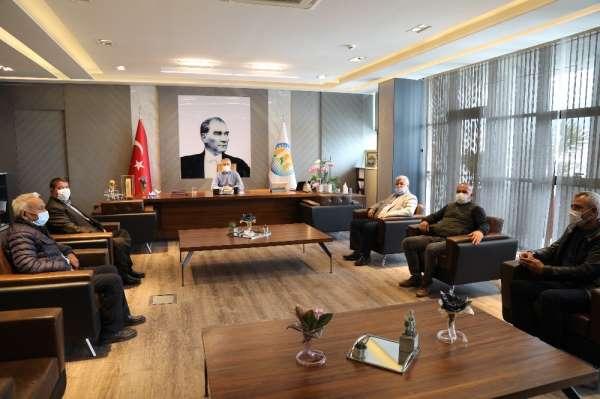 Başkan Tarhan, Akdeniz Ziraat Odası yönetimi ile tarımı konuştu