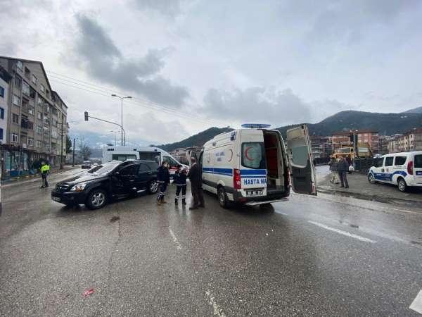 Devrekte trafik kazası: 3 yaralı