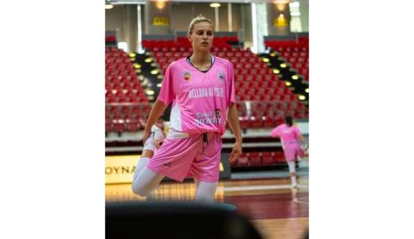 Kitija Laksa 22 sayı ile oynadı
