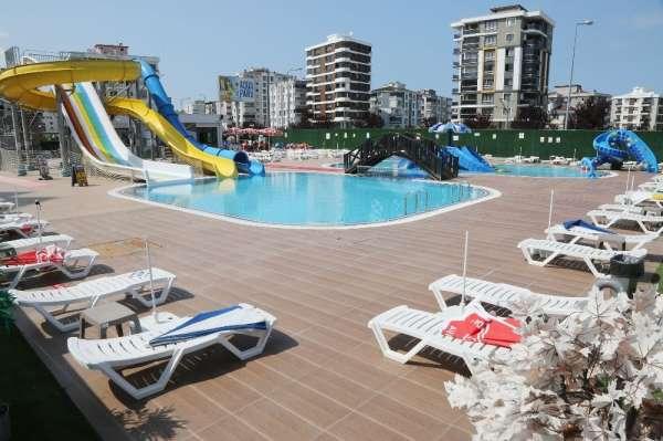 Çocuklar hijyen önlemleri eşliğinde Atakum Aqua Park'ta eğlenebilecek