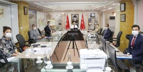 Vali Demirtaş YİKOB yetkililerinden bilgi aldı
