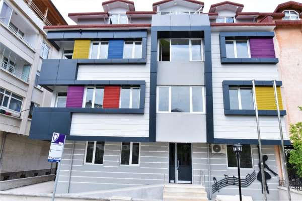 Ceren Özdemir Kreşi ve Masal Evi, açılış için gün sayıyor