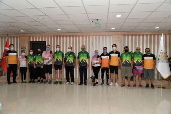Ispartada 7 ülke ve 57 şehirden 240 bisikletçi pedal çevirecek