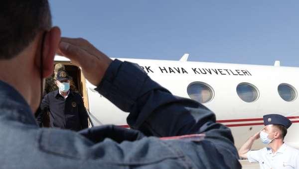 Milli Savunma Bakanı Akar: Nereye kaçarlarsa kaçsınlar terörü bitireceğiz