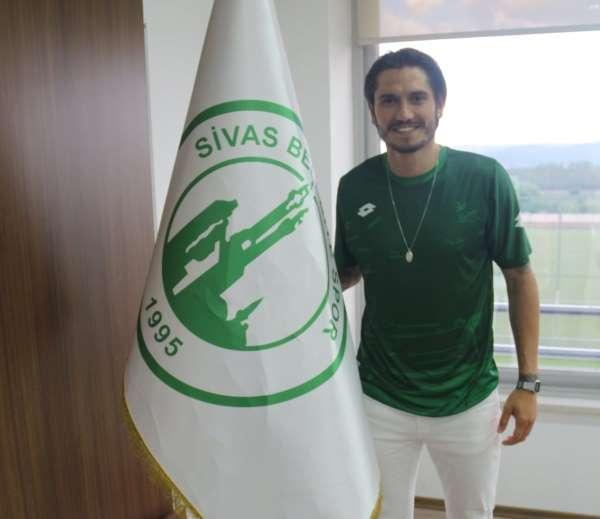 Timur Kosovalı, Sivas Belediyespora transfer oldu