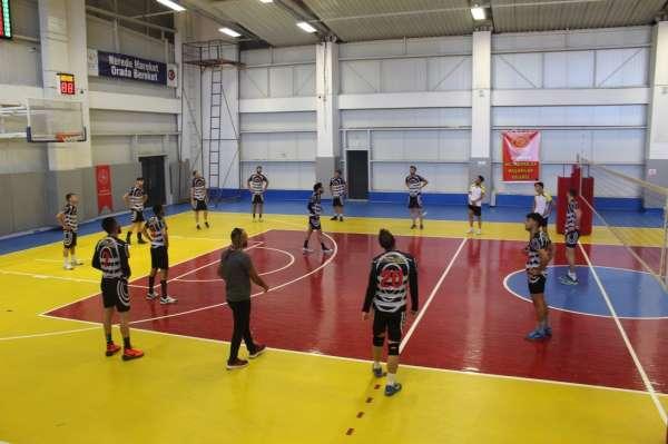 Tuşba Gençlik Merkezi Voleybol Spor Kulübü 2. Ligde