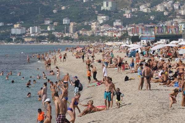 Antalya turizmine bayram dopingi