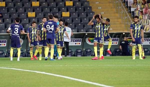 Fenerbahçe, sezonu Çaykur Rizespor karşısında kapatıyor