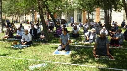 İkinci hutbelerini Ayasofya'dan yapılan canlı yayınla dinlediler