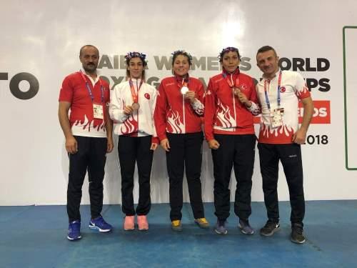 Kadınlar Dünya Boks Şampiyonası'nda 1 gümüş, 2 bronz